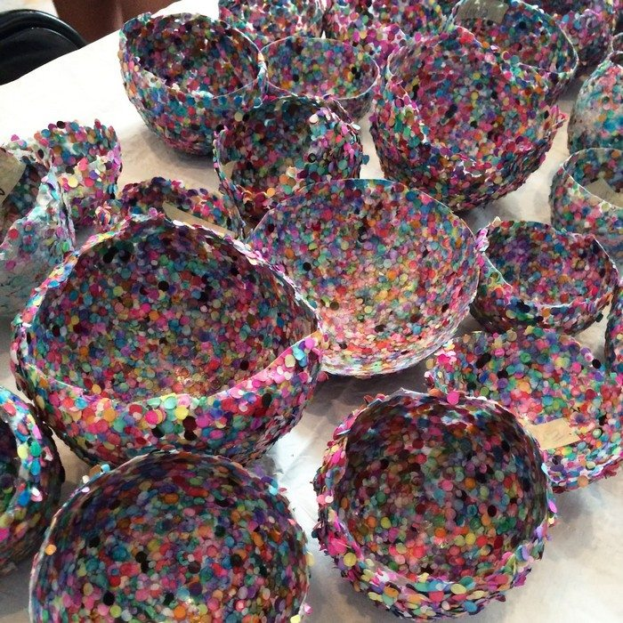 Confetti bowl craft projects for every fan for Cool paper projects
