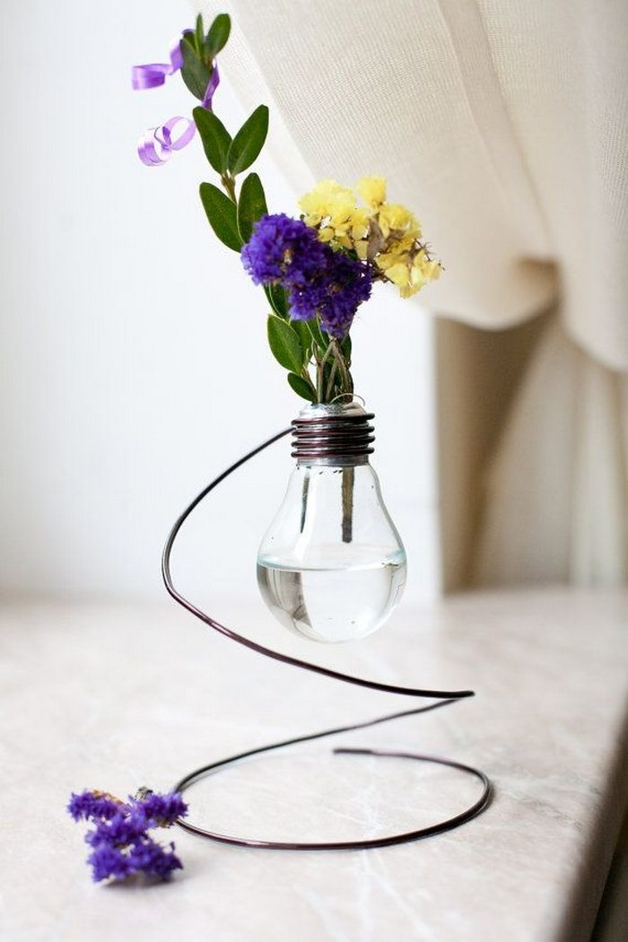 Make A Light Bulb Vase Craft Projects For Every Fan