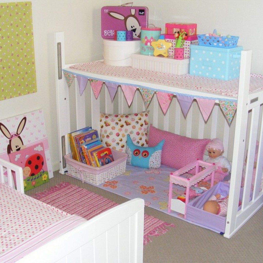 A cubby house (The *PINK* Butterfly on Flickr)