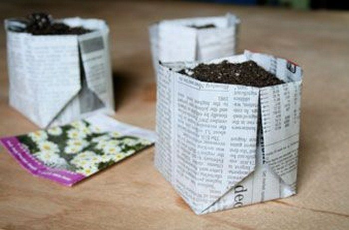 how to make biodegradable newspaper seedling pots craft projects for every fan. Black Bedroom Furniture Sets. Home Design Ideas