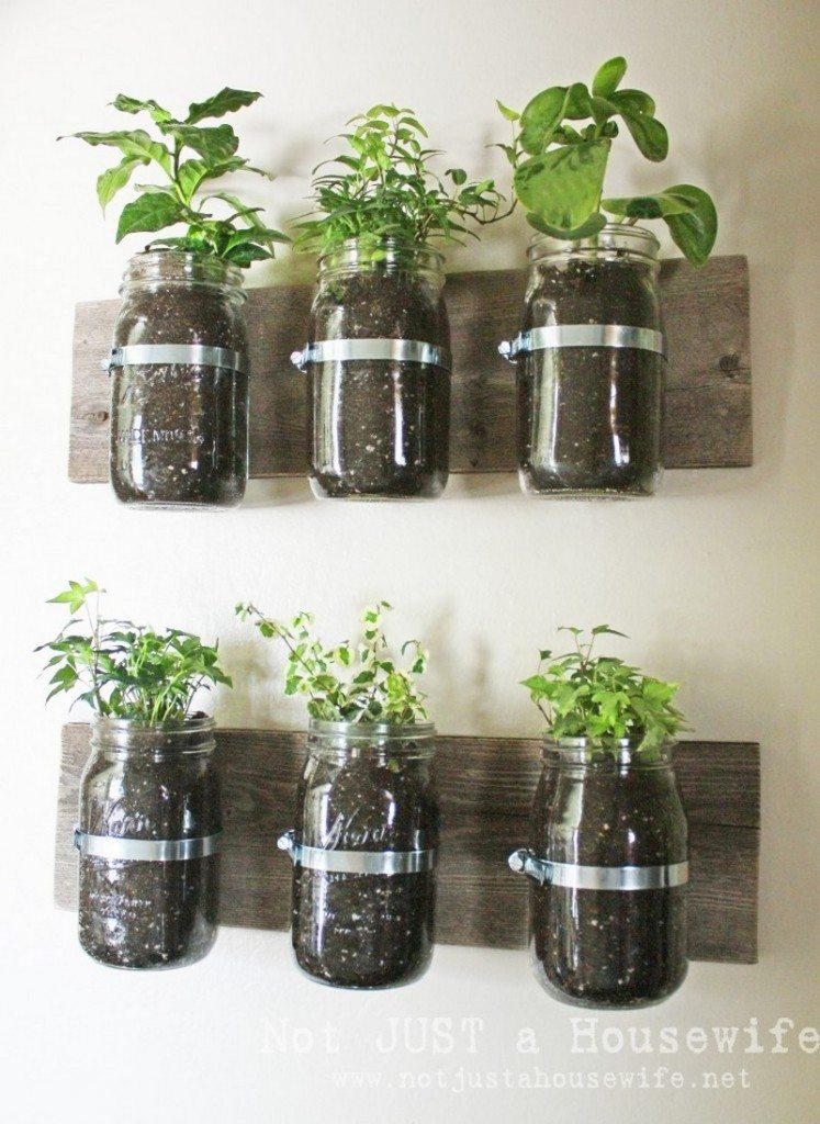 Space-saving planter ideas