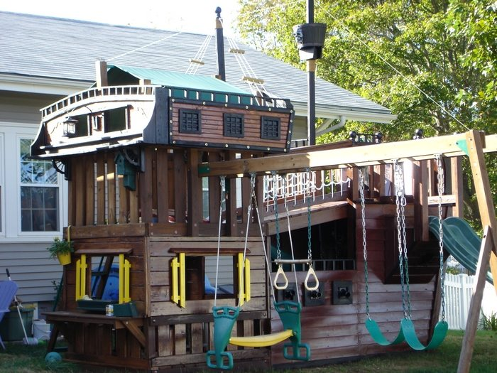Outdoor Playhouses to Inspire a Child's Imagination!
