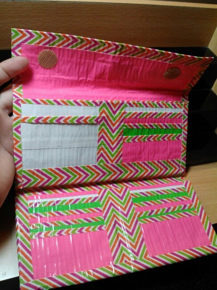 How To Make A Duct Tape Wallet Craft Projects For Every Fan