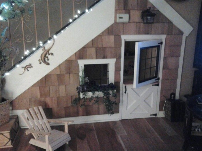 Under The Stairs Indoor Playhouse Craft Projects For