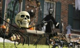 Scariest Halloween home decor ideas to frighten your neighbours and visitors!