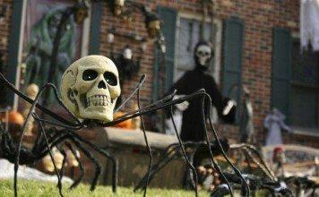 Deadly Halloween Decors