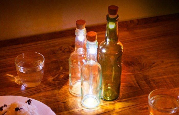 LED corks in creative lamp ideas