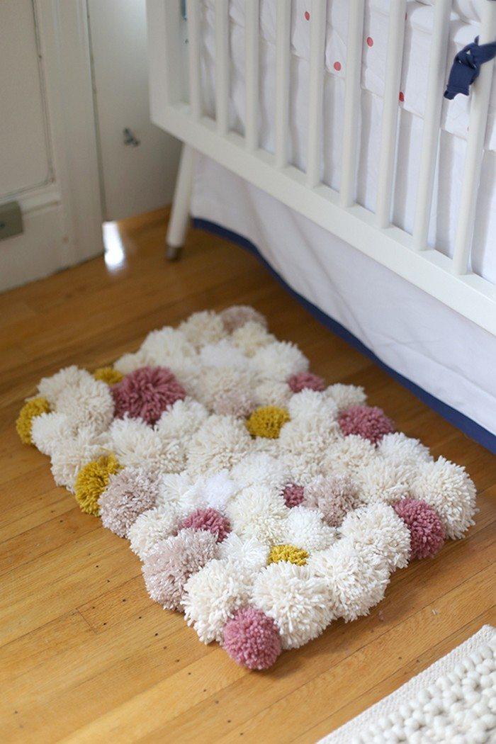 Make your own pompom rug!