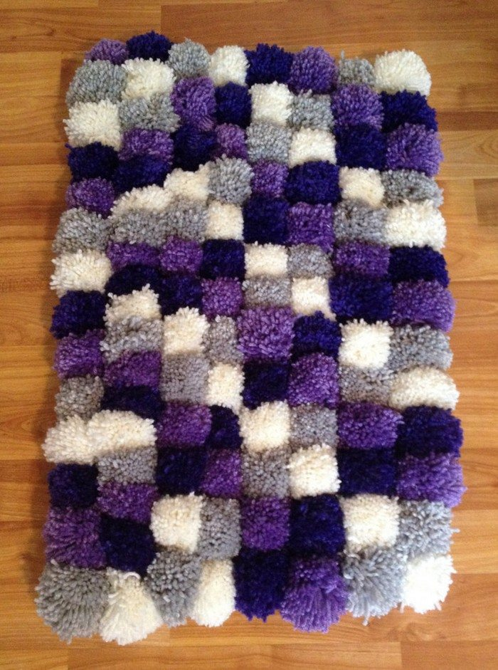 Make Your Own Pompom Rug Craft Projects For Every Fan