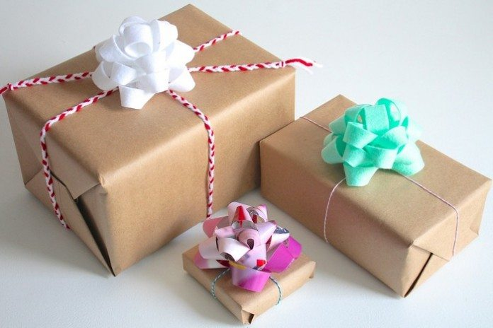How To Make A Gift Bow Craft Projects For Every Fan