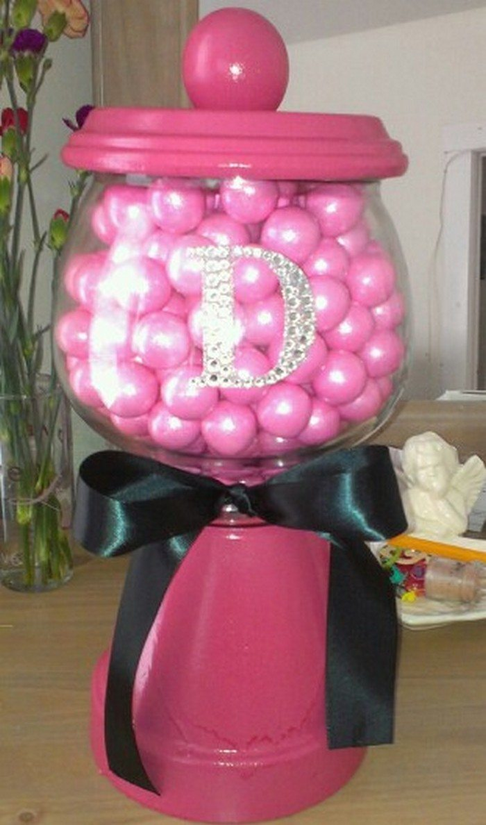 Make A Bubble Gum Machine Craft Projects For Every Fan