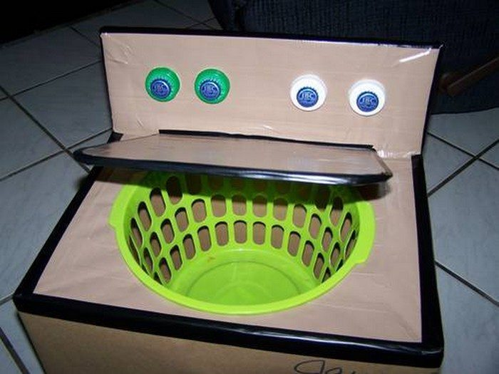 How to Turn Cardboard Boxes Into Adorable Halloween Costumes How to Turn Cardboard Boxes Into Adorable Halloween Costumes new foto