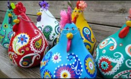 Make adorable chicken decor from gourds!
