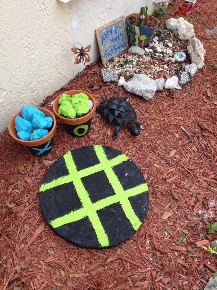 DIY Outdoor Tic Tac Toe