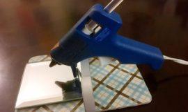 Make your own DIY glue gun holder!