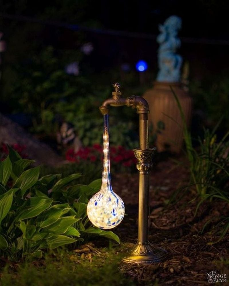 DIY Faucet Garden Light | Craft projects for every fan!