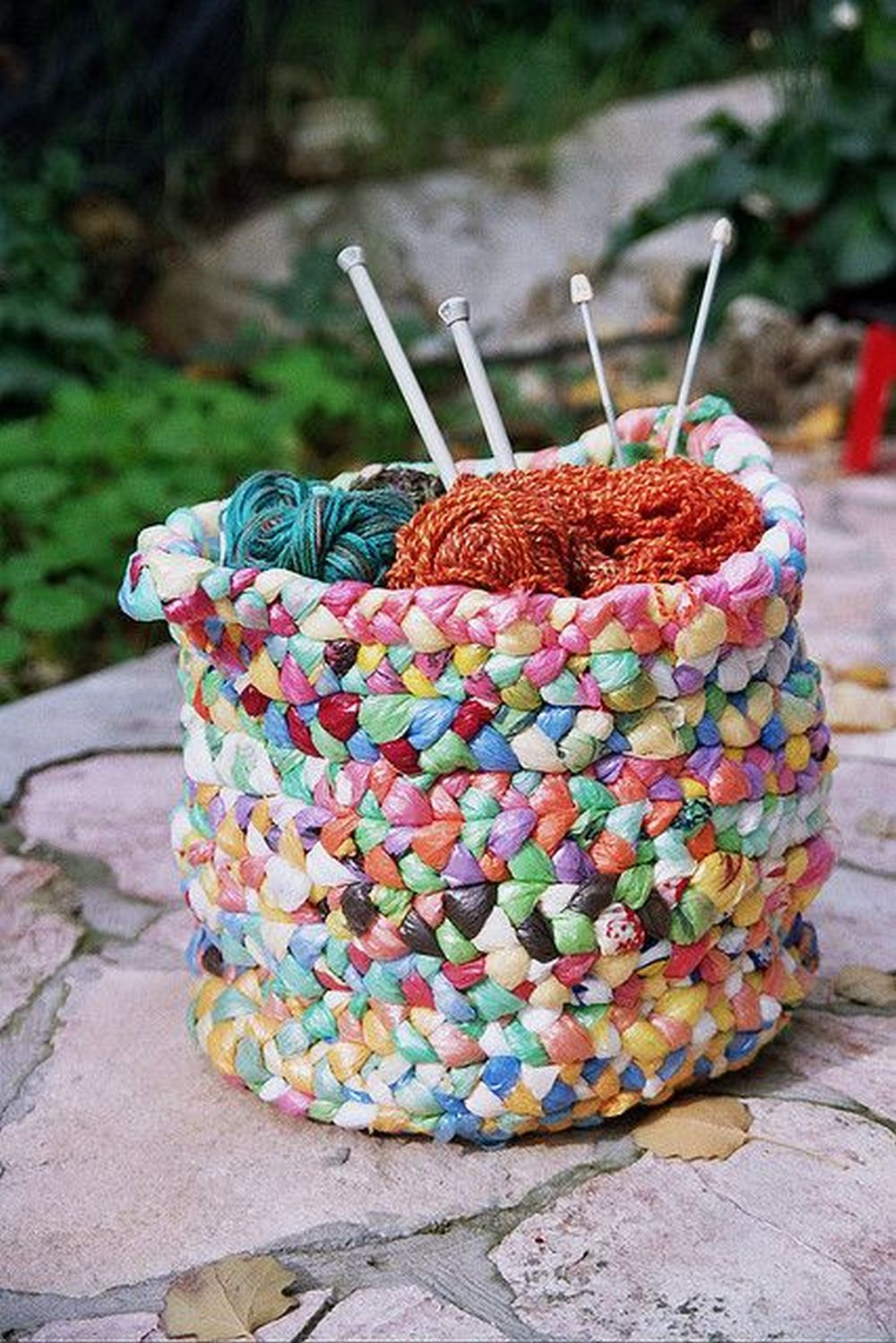 How to Turn Plastic Bags into a Basket