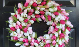 DIY Tulip Wreath