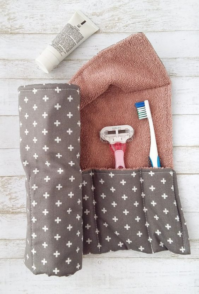 DIY Toiletry Travel Wrap
