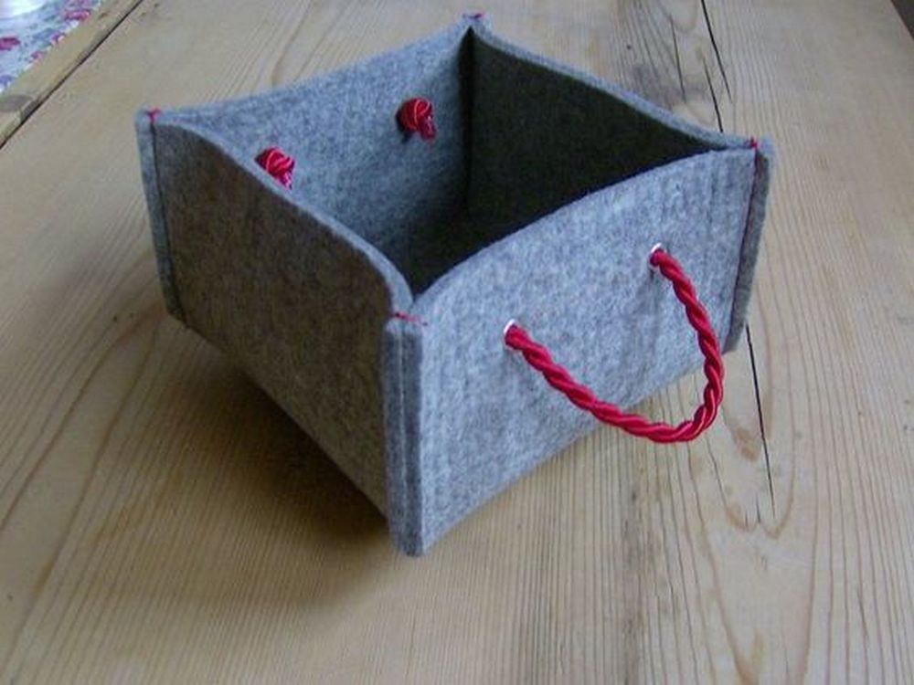 How to Make a Felt Basket