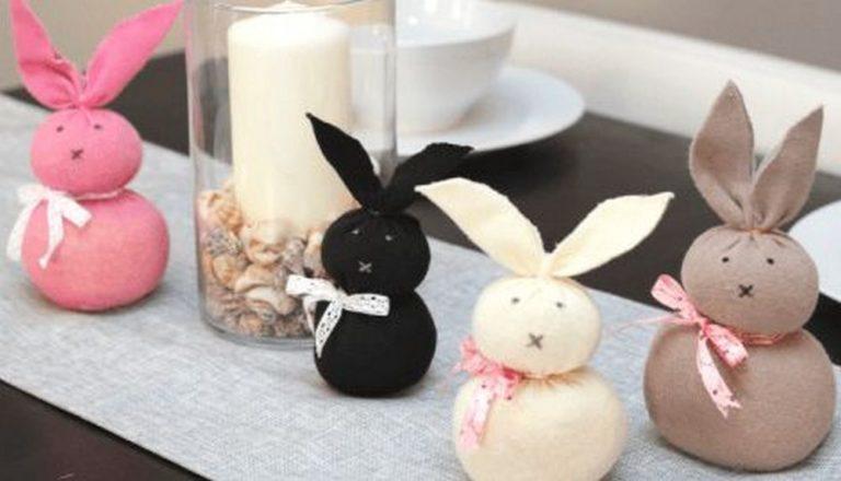 DIY No-Sew Sock Bunny