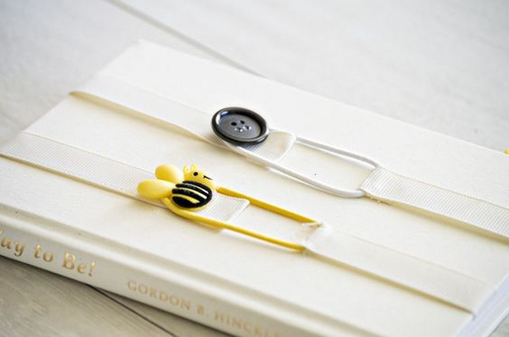 Losing pages all the time? These ribbon bookmarks can help!