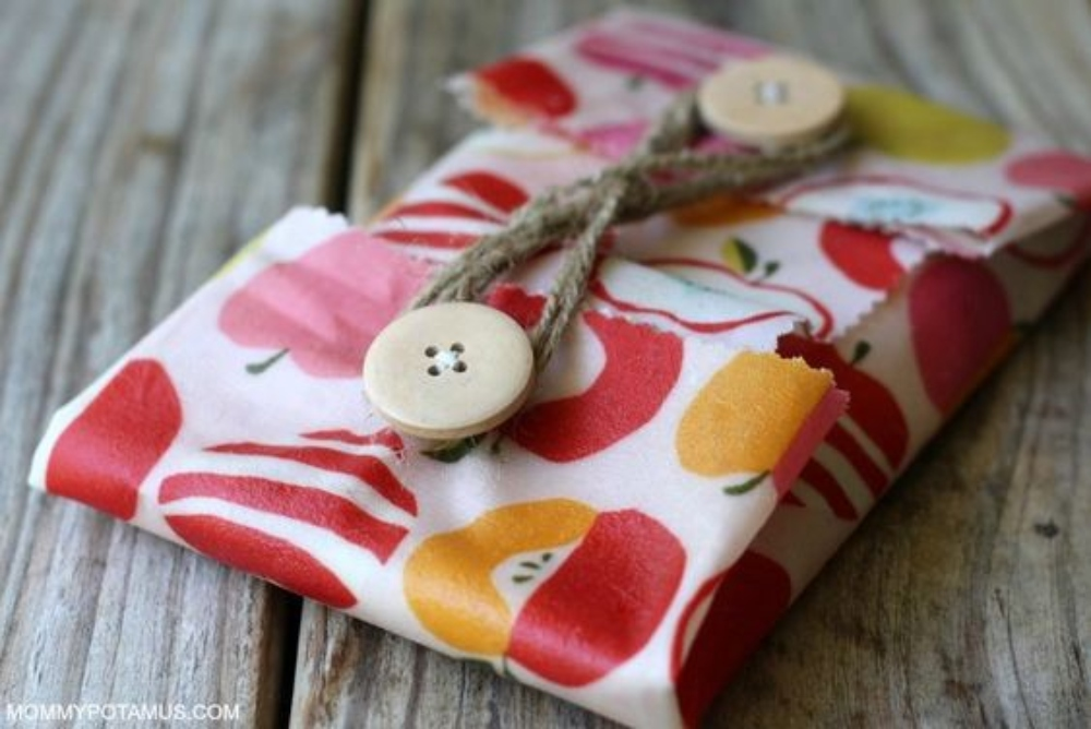Get Rid of Plastic Wrap and Start Using These DIY Beeswax Wraps!