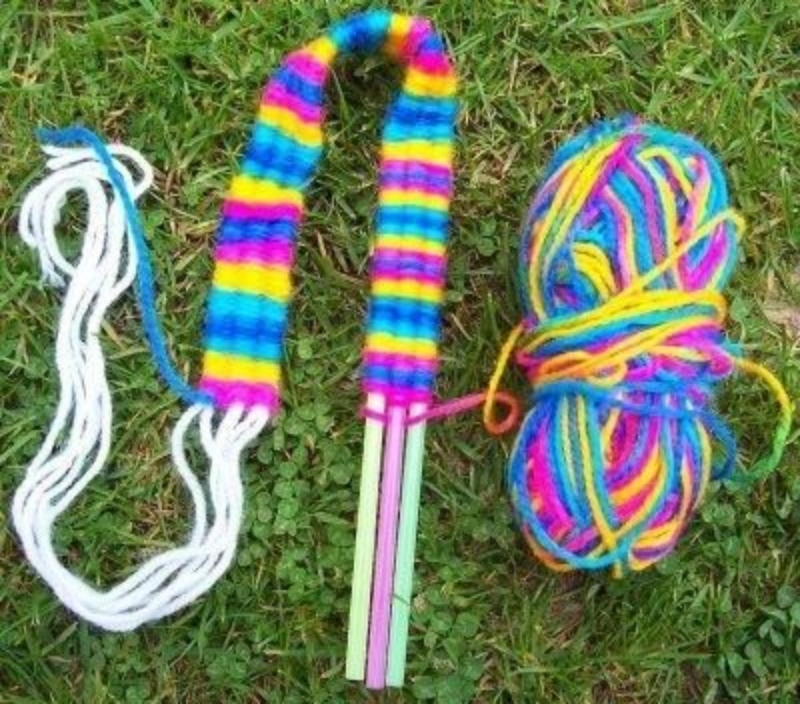 Teach Your Kids How to Weave Using Soda Straws!