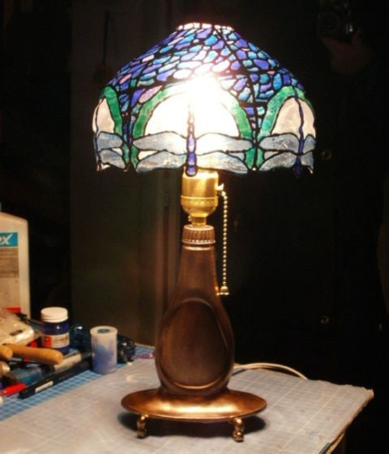 Recycle PET Bottles into a Beautiful Tiffany Lamp!