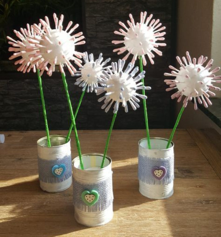 Spice Up Your Living Room With These DIY Anthropologie-Inspired Flowers