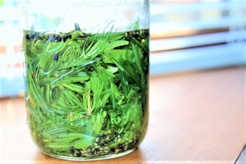 You can steep the lavender and oil mixture in sunlight.