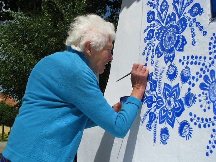 This 91-Year Old Czech Grandmother Created Wonderful Murals Around Her Village as Her Hobby